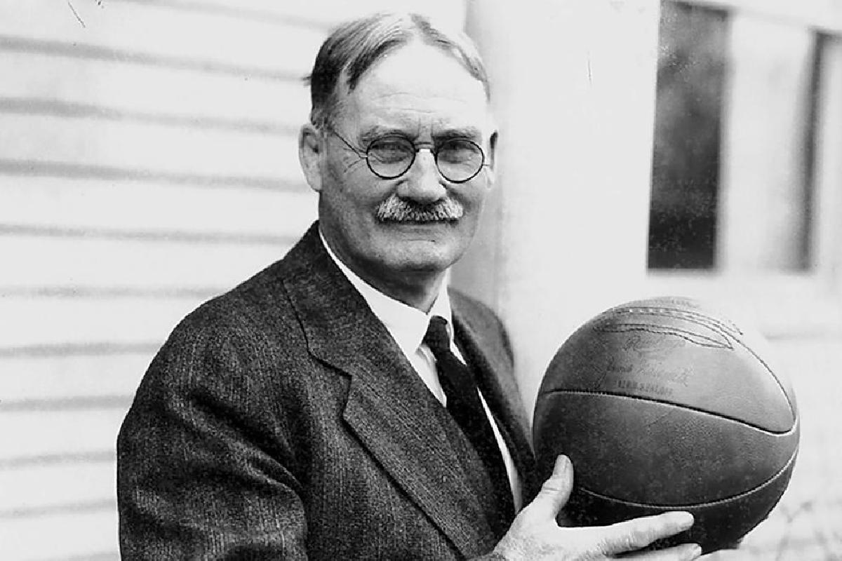 Игру баскетбол придумал Джеймс Нейсмит