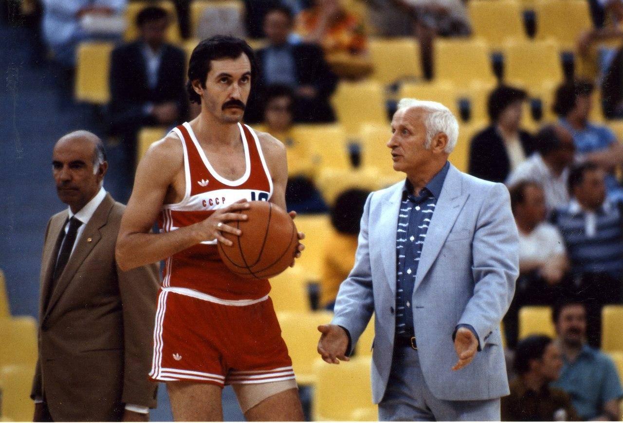Сергей Белов вошел в Зал славы НБА в 1991 г.