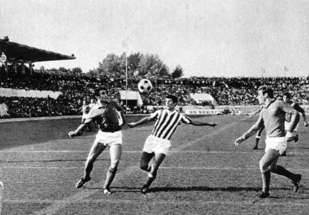 В 1981 году две ирландские команды ФК «Каллинаферси» играли один матч трое суток