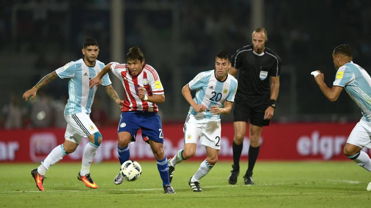 Игра сборной Аргентины и слабейшей команды Южной Америки в Ла-Пасе