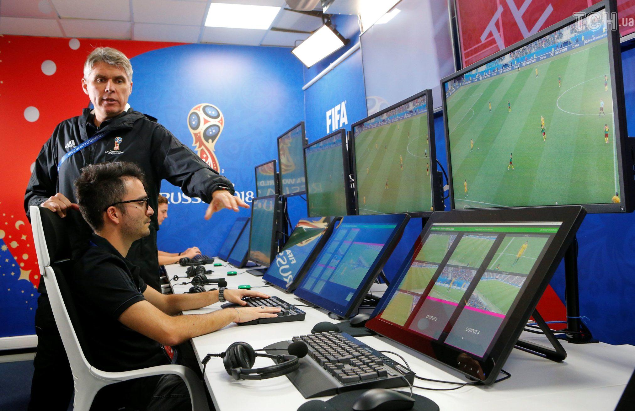 Плюсы и минусы системы видеоповторов в футболе