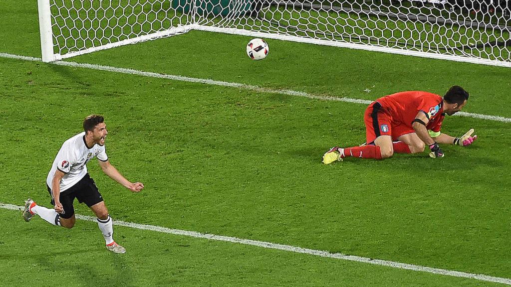 Футбольная ставка на первый гол ногой