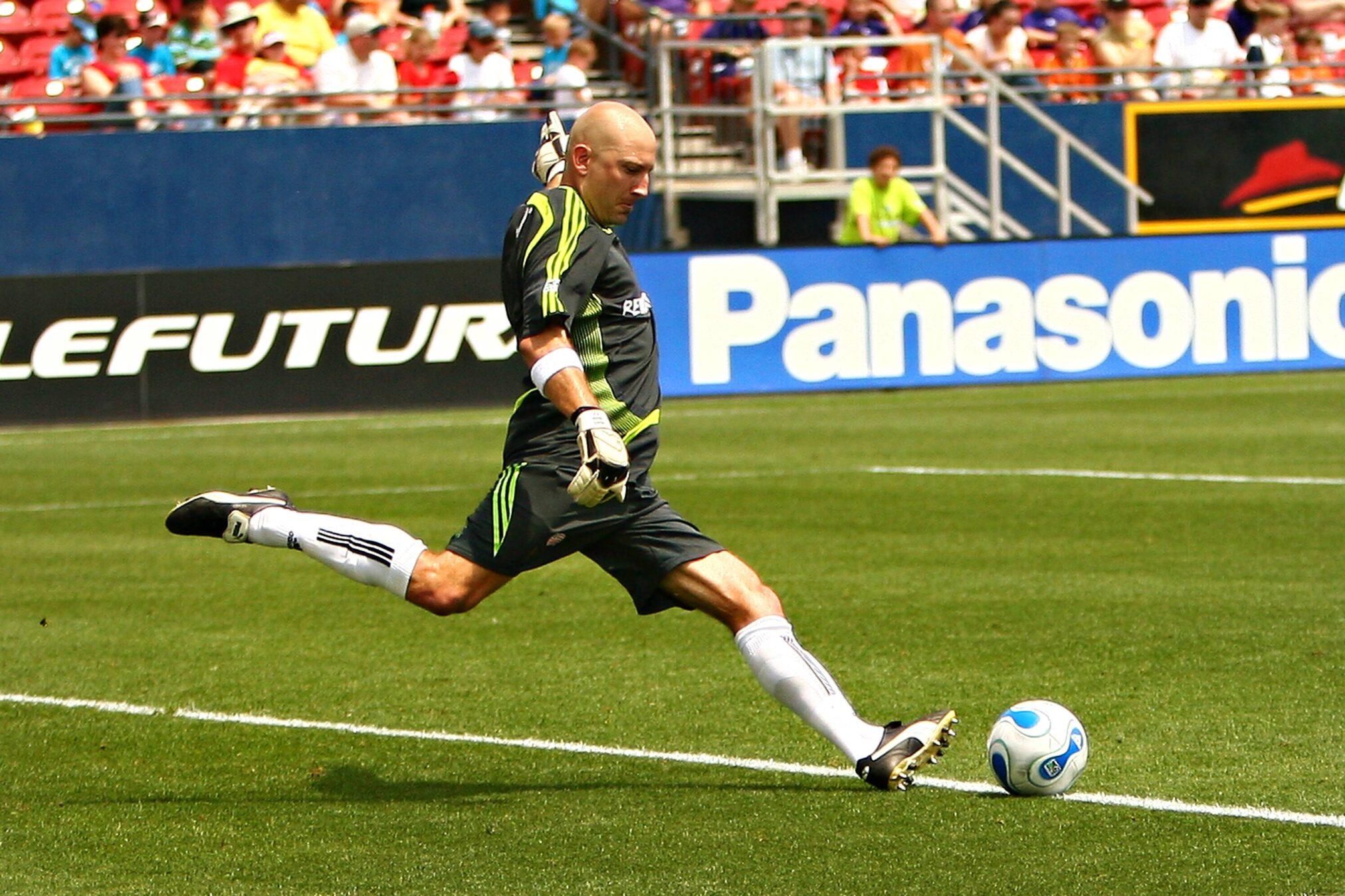 Ставка «первый гол ногой» в футболе